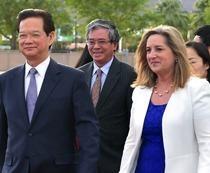 Thu tuong Nguyen Tan Dung toi My du hoi nghi cap cao hinh anh