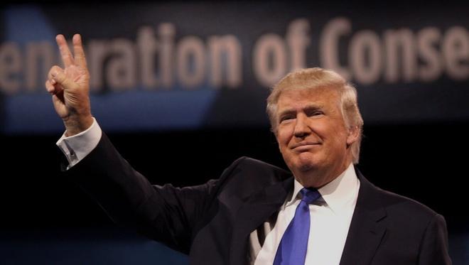 Cruz rut lui, Trump-Clinton ap dao cuoc dua toi Nha Trang hinh anh