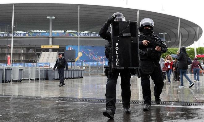 Tao boi canh 'ngay tan the' de dam bao an ninh Euro 2016 hinh anh 2