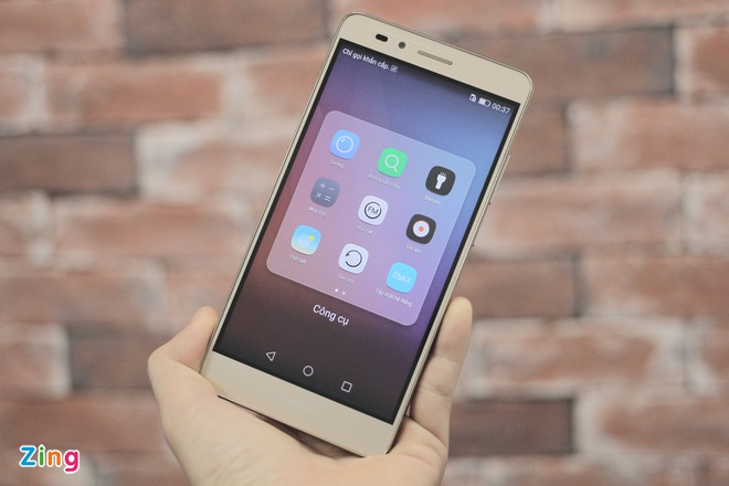 Smartphone gia 6 trieu, co cam bien van tay cua Huawei hinh anh 1