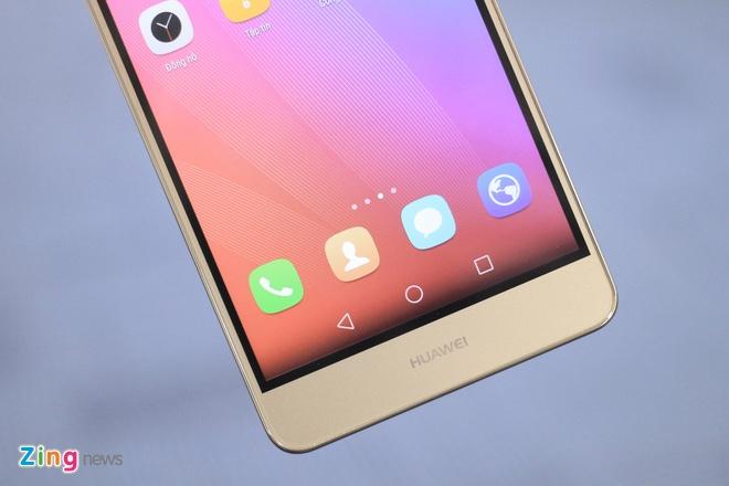 Smartphone gia 6 trieu, co cam bien van tay cua Huawei hinh anh 2