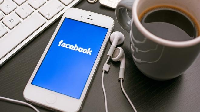 Ban chia se len Facebook khi nao? hinh anh