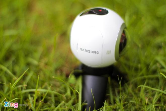 Mo hop Samsung Gear 360 gia 6,9 trieu dong tai Viet Nam hinh anh 5