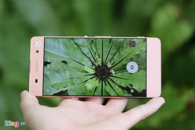 4 smartphone dang mua trong tam gia 6 trieu dong hinh anh 2