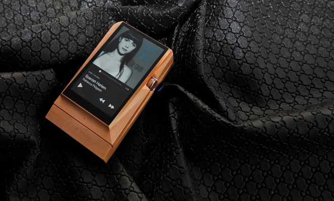 May nghe nhac Astell & Kern 380 Copper gia 112 trieu ve VN hinh anh 1