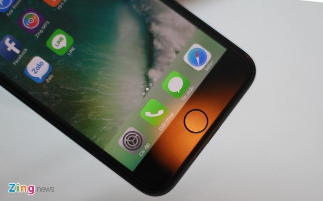 Anh iPhone 7 Plus Jet Black vua ve VN, gia 36 trieu dong hinh anh 11