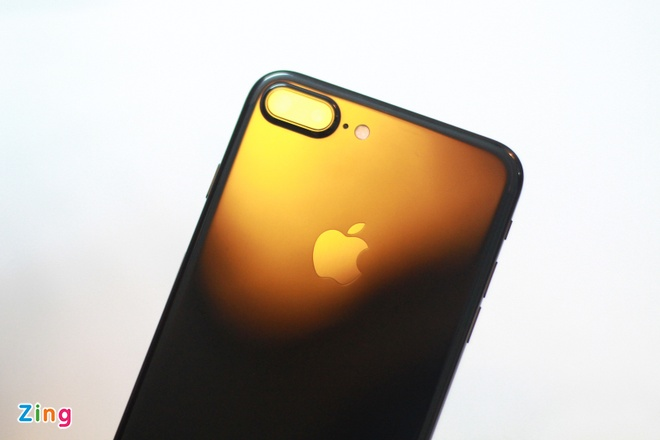 Anh iPhone 7 Plus Jet Black vua ve VN, gia 36 trieu dong hinh anh 9