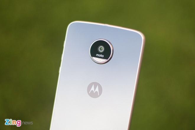 Mo hop Moto Z Play, camera 16 MP vua ve VN hinh anh 4