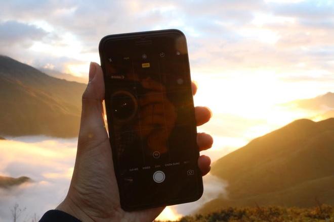 iPhone 7 loi camera, anh 1