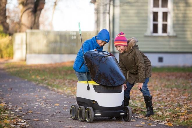 Robot giao hang tan nha se pho bien trong 2017 hinh anh