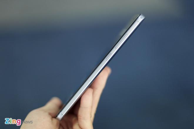 Smartphone Xiaomi pin 4.000 mAh gia 4,7 trieu dong tai VN hinh anh 5