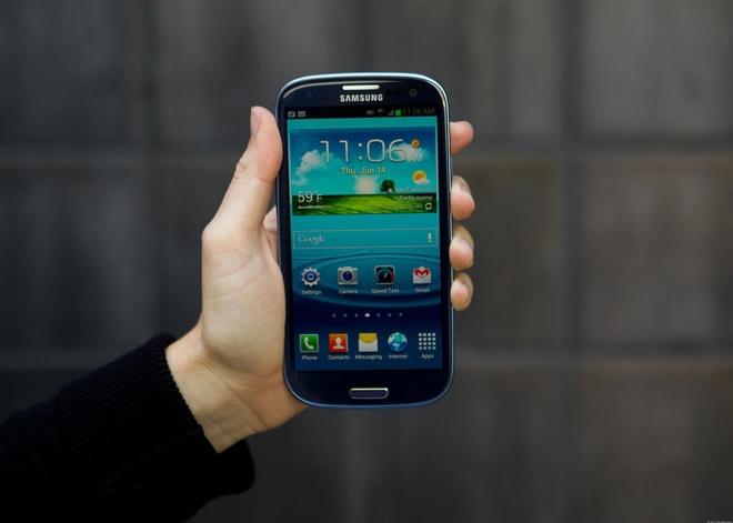 Lich su Samsung Galaxy S qua 7 nam thang tram hinh anh 3