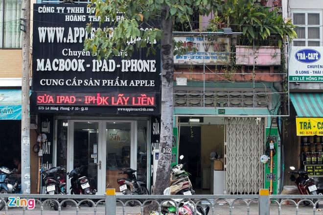 Nhieu cua hang ha logo Apple, tam dung kinh doanh iPhone hinh anh 4