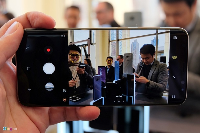 Vi sao Galaxy S8 dung man hinh vo cuc? hinh anh 4
