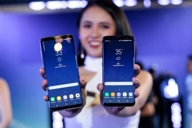 Loat smartphone cao cap nhat nua dau 2017 dang ban o VN hinh anh