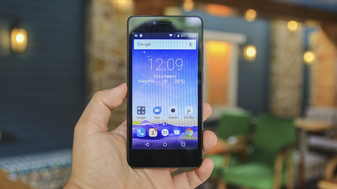 Nhung smartphone ho tro 4G re nhat hien nay hinh anh 2