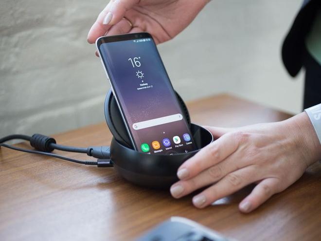 Samsung DeX ve Viet Nam voi gia 2,7 trieu dong hinh anh