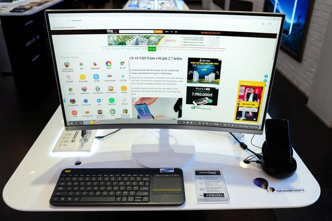 Trai nghiem Samsung DeX: Phu kien bien smartphone thanh may tinh hinh anh 12