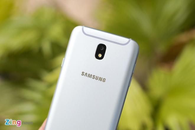 Samsung Galaxy J7 Pro anh 5