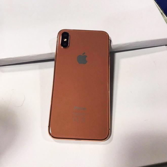 Mo hinh iPhone 8 xuat hien tai Viet Nam hinh anh 6