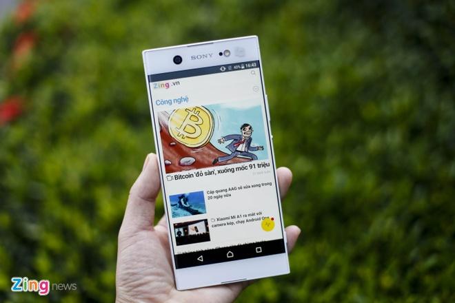 Dung thu Sony Xperia XA1 Ultra gia 8,9 trieu tai VN hinh anh