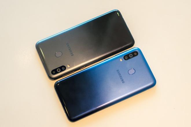 Them mot smartphone Samsung chi ban online, hua hen doanh so ky luc hinh anh 3