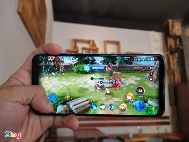 Samsung galaxy M30s gia re chien game khoe anh 2