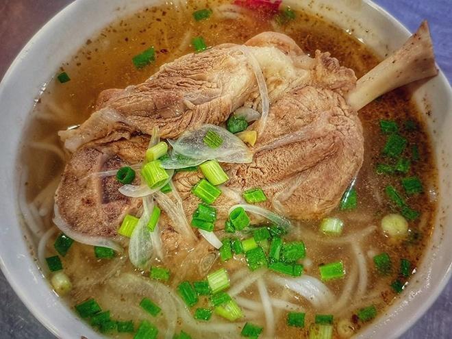 Bun ram va 6 mon bun don tim du khach tai Viet Nam hinh anh 5  - bun_gio_chia_buon_me_thuot_min - Bún rạm và 6 món bún đốn tim du khách tại Việt Nam