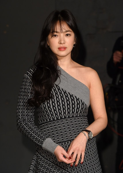 Song Hye Kyo du show dien Burberry anh 3