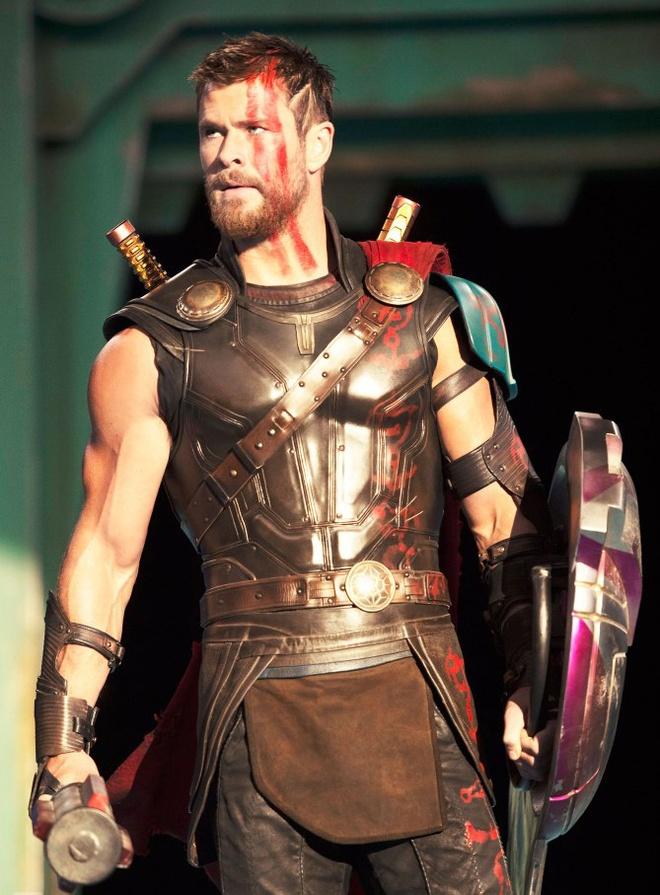 'Thor: Ragnarok' he lo nhung hinh anh dau tien hinh anh 1