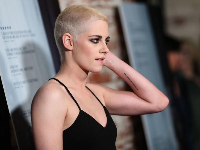 Kristen Stewart xuat hien voi dau troc loc o su kien hinh anh 5