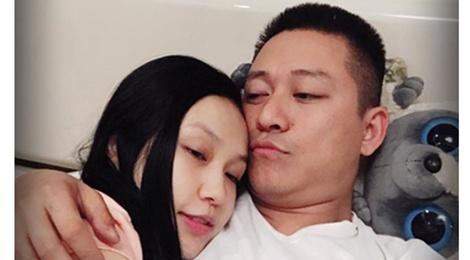 Vo Tuan Hung sinh con gai thu hai hinh anh