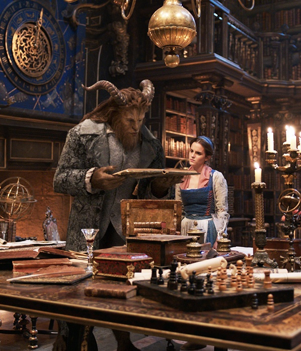 Thoi trang cua Emma Watson trong 'Beauty and the Beast' hinh anh 6
