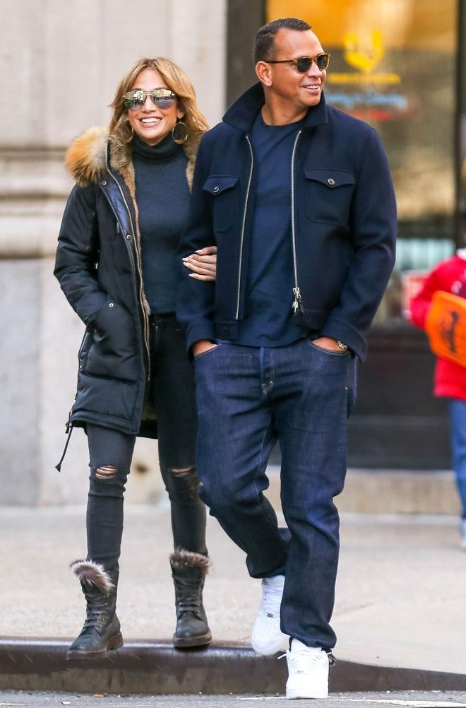 Jennifer Lopez va tinh tre duoc chon la cap doi thanh lich cua nam hinh anh 8
