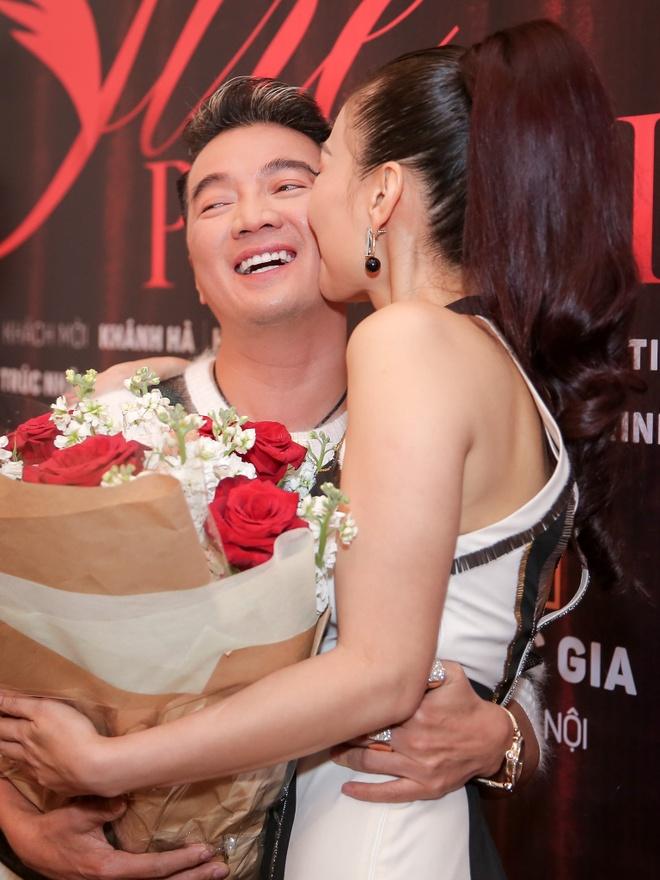 Thu Minh gioi thieu concert anh 5