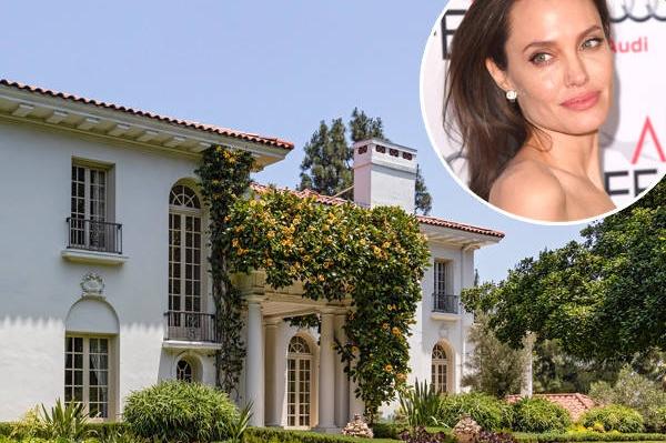 Angelina Jolie chi 25 trieu USD mua biet thu moi gan nha Brad Pitt hinh anh