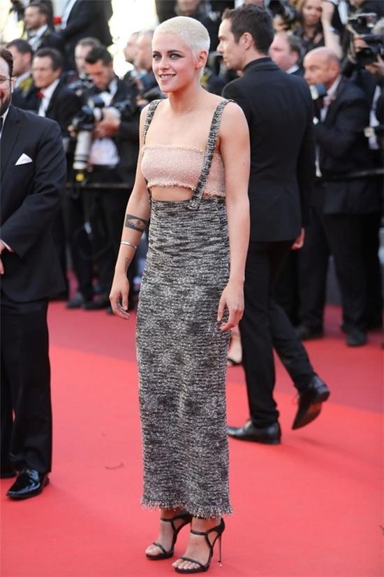 Nhung tham hoa thoi trang tai tham do Cannes 2017 hinh anh 7