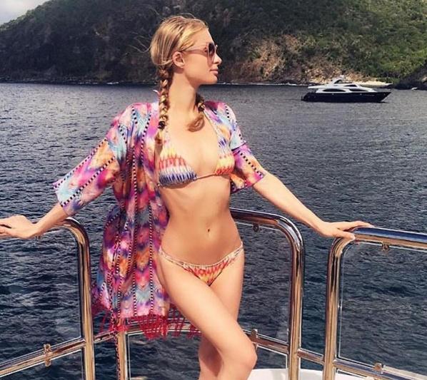 Nhung kieu bikini-cover quyen ru khi di bien hinh anh 11