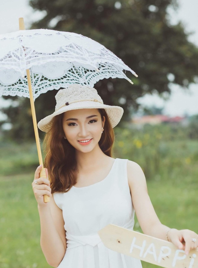 Nhung cau chuyen xuc dong cua thi sinh Hoa hau Hoan vu Viet Nam 2017 hinh anh 1