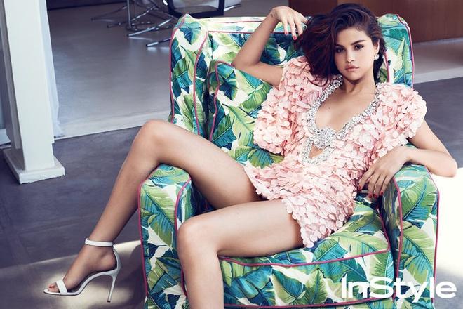 25 tuoi, Selena Gomez vi minh la co gai 15 tuoi hinh anh