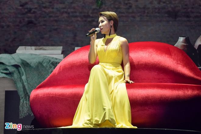My Tam va Dam Vinh Hung lan dau song ca 'Lau dai tinh ai' hinh anh 9