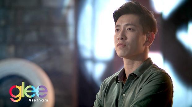 Angela Phuong Trinh hat lai hit cua Dong Nhi trong 'Glee' Viet hinh anh 2