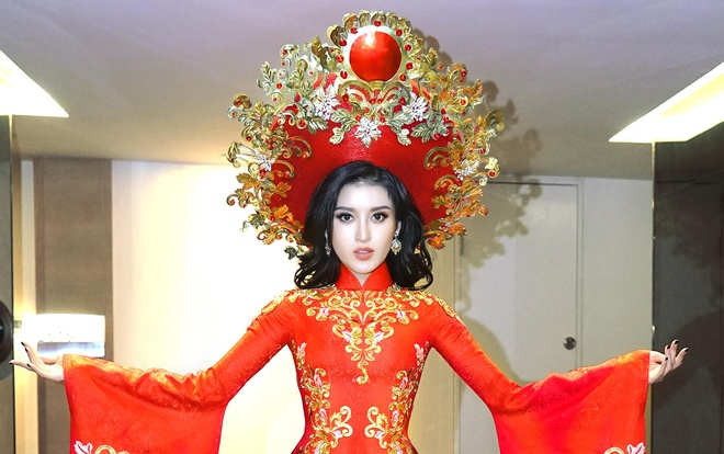 Trang phuc truyen thong nang hon 30 kg cua Huyen My o Miss Grand 2017 hinh anh
