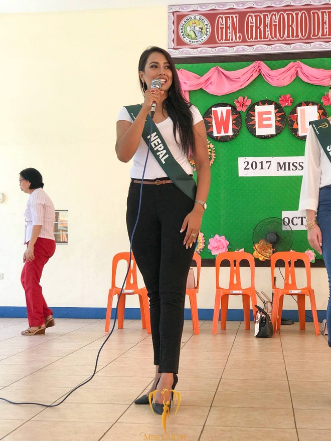 thoi trang quyen ru cua Ha Thu o Miss Earth 2017 anh 7