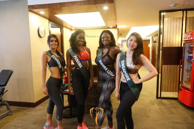 thoi trang quyen ru cua Ha Thu o Miss Earth 2017 anh 9