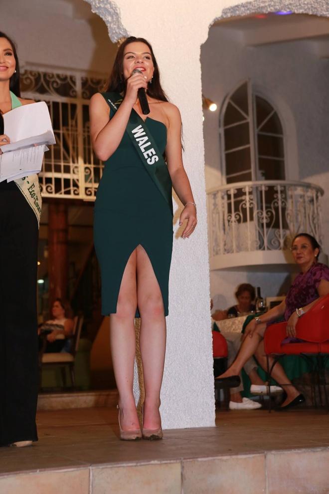 thoi trang quyen ru cua Ha Thu o Miss Earth 2017 anh 10