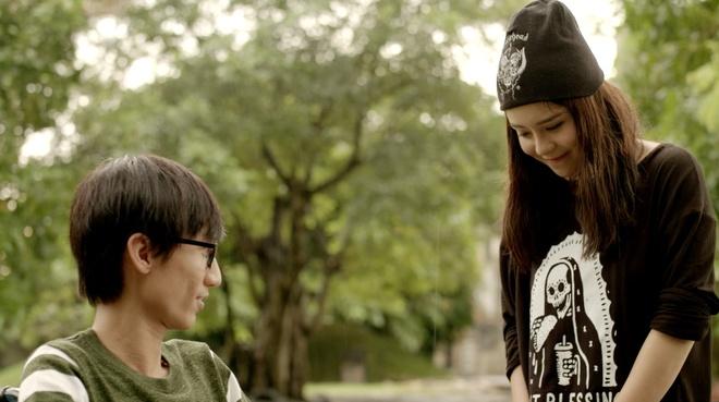 'Glee 9': Rocker Nguyen va Huu Vi danh nhau vi Angela Phuong Trinh hinh anh 2