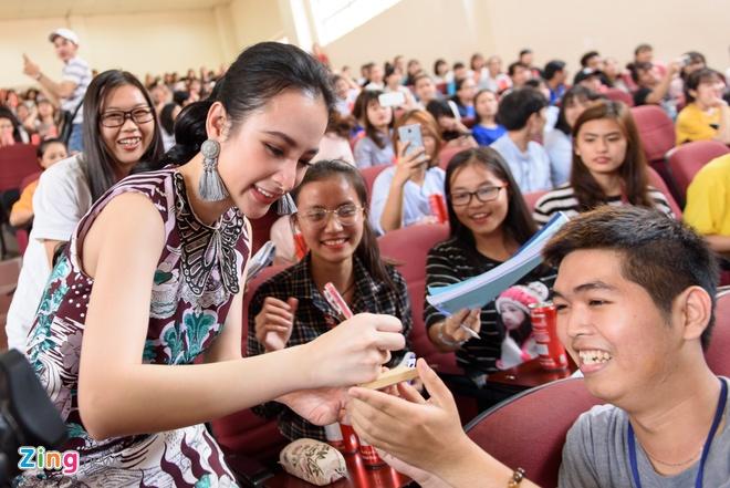 Angela Phuong Trinh tiet lo Huu Vi la hinh mau ban trai cua minh hinh anh 7