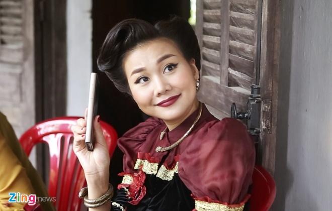 Thanh Hang khien phim truong 'Me chong' cang thang vi qua 'hung du' hinh anh
