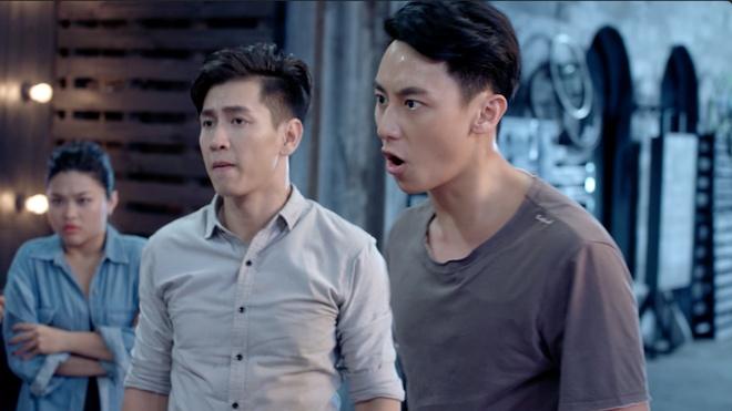 'Glee' tap 13: Dang Phuong phat hien bi Ha Quyen lua doi hinh anh